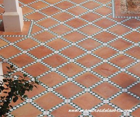 Reforma pavimento exterior rústico geométrico
